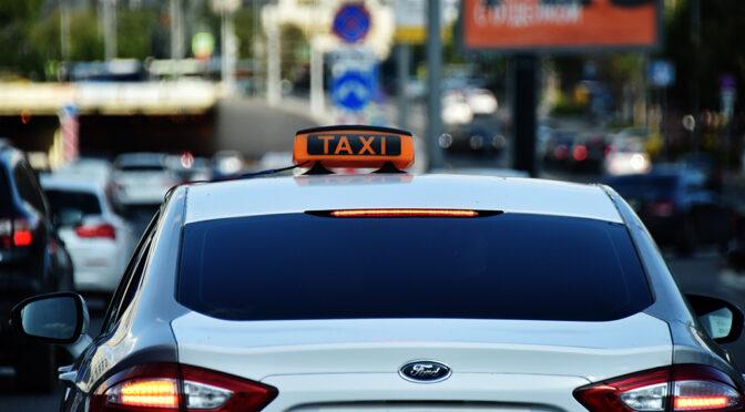 Такси не везёт: бывшим насильникам и убийцам запретят садиться за руль