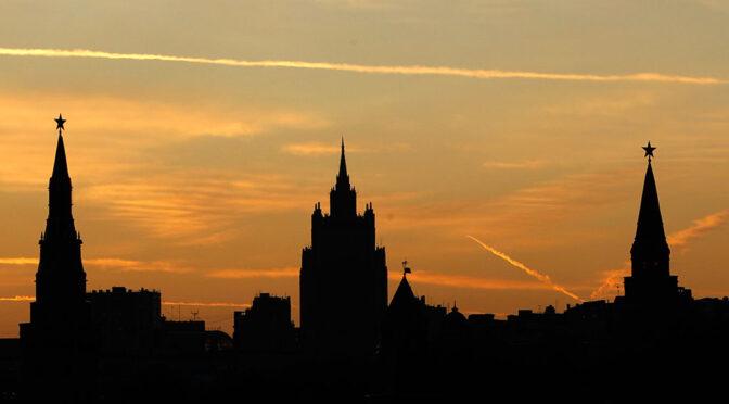 В Кремле разъяснили, на кого не распространяется указ о нерабочей неделе